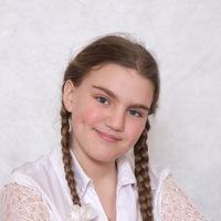 Маша Хлыстова