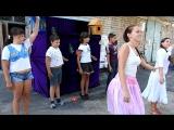 Танец ребят с поселка Шпалозавод перед  кукольным спектаклем ДК Шпалозавод