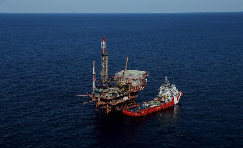 Цена на нефть Brent упала ниже отметки в $29, курс евро превысил 85 рублей