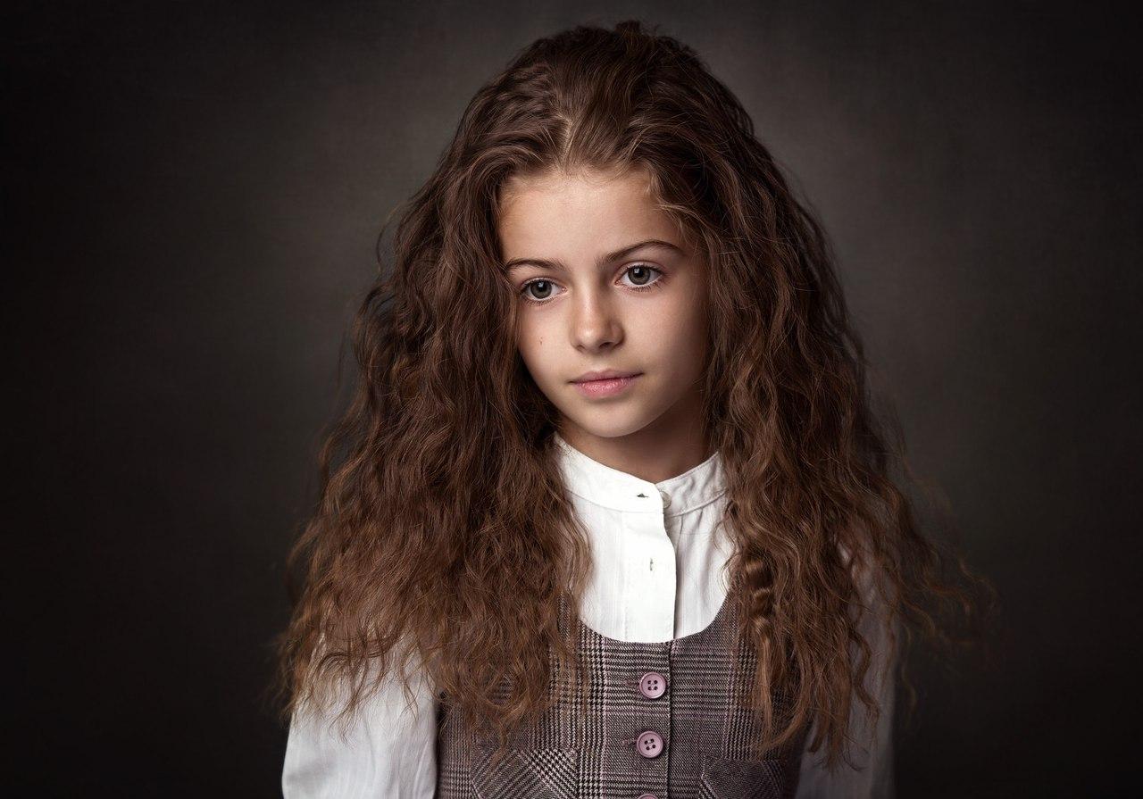 ребенок девушка модель работа до года
