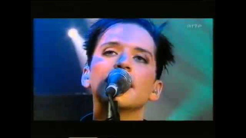 Placebo - Live at Le Reservoir, Paris, France (2001.09.07) Interview