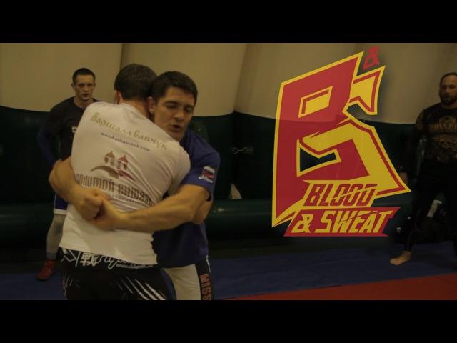 Борьба в захвате (кресте) от Олимпийского чемпиона Алексея Мишина ,jhm,f d pf[dfnt (rhtcnt) jn jkbvgbqcrjuj xtvgbjyf fktrctz vbi