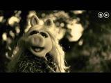 Miss Piggy Hello (Adele)