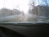 Коммунальная авария на Руднике. По ул. Ульяновская течёт вода 03.01.2016