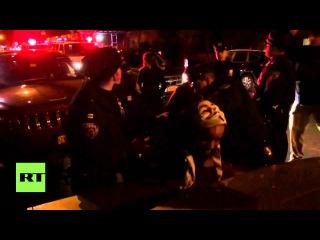 США: ЧЖМ активисты арестованы в Нью-Йорке марш за годовщине смерти Тамир Райс.