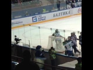 Драка КХЛ ХК Сибирь - Салават Юлаев