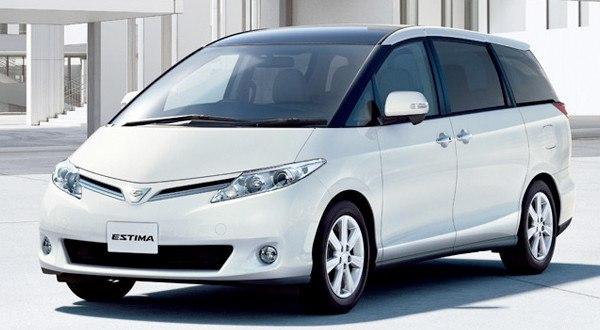 Toyota Estima 2016 появилась в Японии