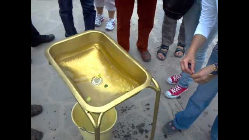 Ecuador At The Equator - Water Demonstration - Coriolis Effect