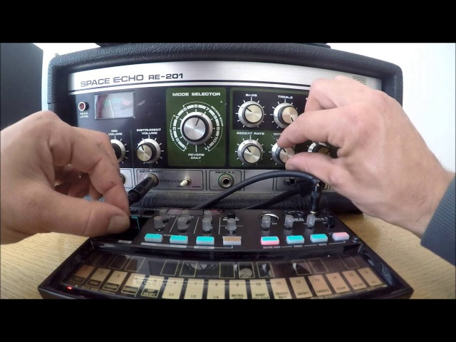 KORG VOLCA FM SPACE ECHO - Dub Chords