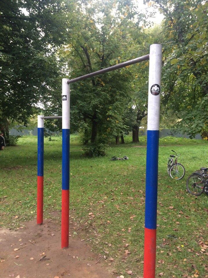 Егорьевские воркаутеры провели мастер-класс в посёлке Шувое