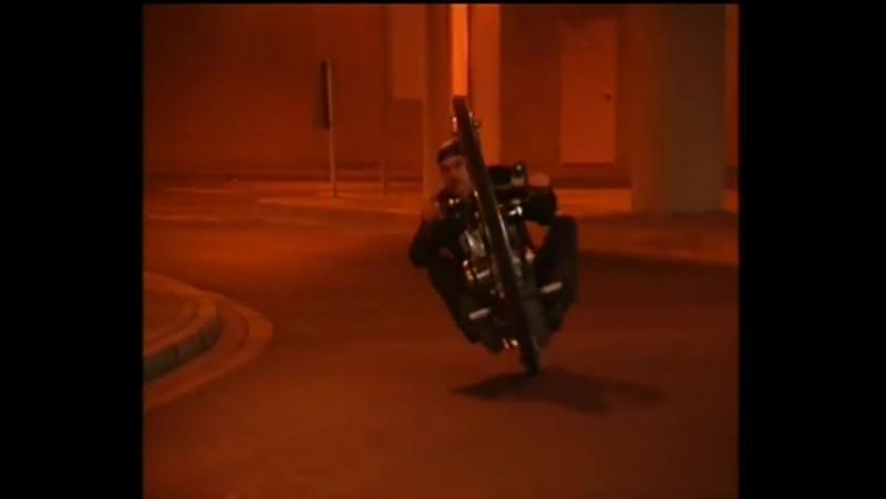 Monowheel Monocycle V8 Einradmotorrad Kerry McLean TV Beitrag Abenteuer Auto Kabel1