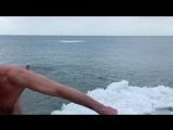 Купання на Водохреща. Азовське море. Курорт.