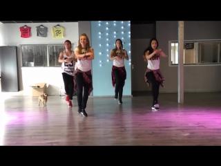 Duele el corazon enrique iglesias ft wisin fitness dance choreography zumba
