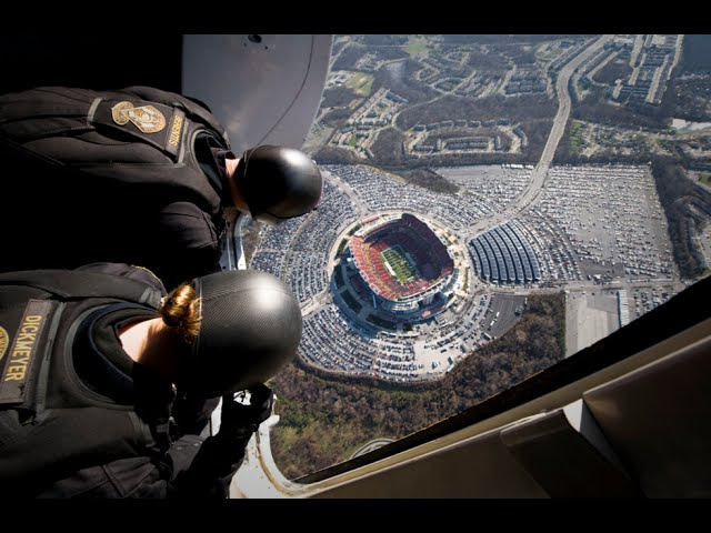 WOW! Navy SEALS' Insane Parachute Jump into Football Stadium! =O