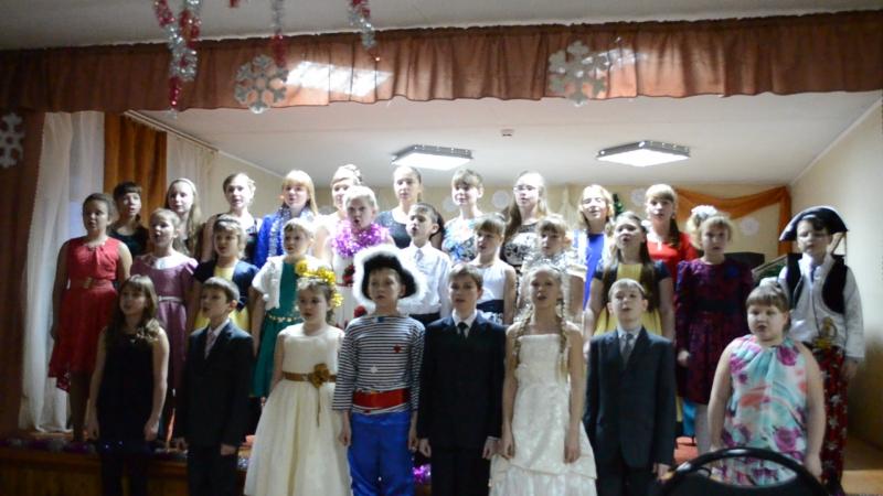 Хор Пильнинской ДШИ . Новогодний отчетный концерт