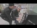 буги-вуги на пианино в аэропорту