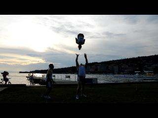Fenomen-A Заход сальто в одну руку (Rewind to one arm) Словения 2015 г
