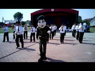 Дефиле и плац- концерт ансамбля пограничной службы РБ. г. Ивье 3 июля 2016 г.