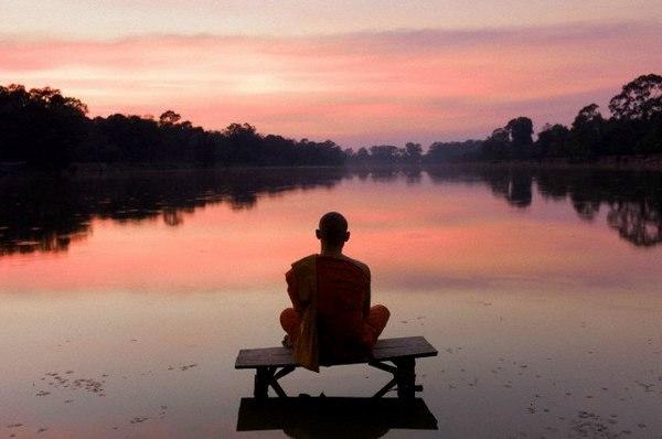Не удерживай то, что уходит, и не отталкивай то, что приходит. И тогда счастье само найдет тебя.