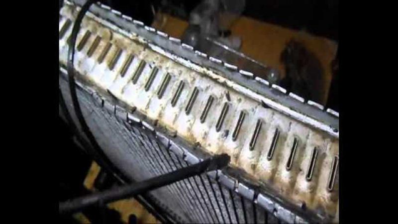 Ремонт радиатора Volvo течь с под уплотнителя бачка пайка ремонт бачка