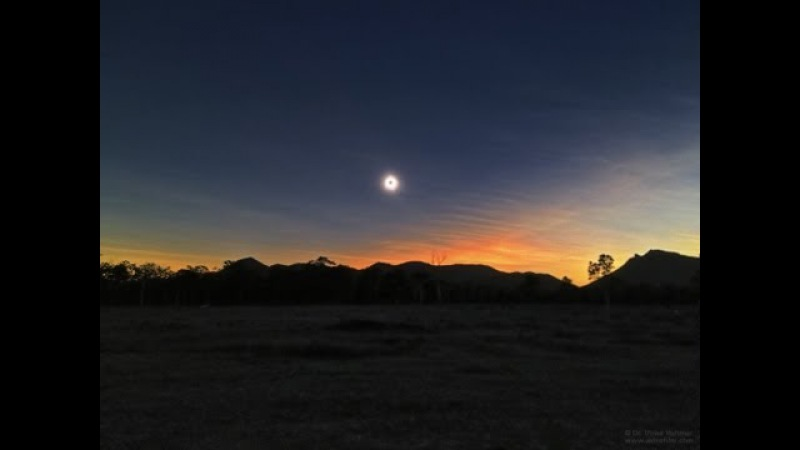 Total Solar Eclipse 2012 - Australian Skies - TimeLapse