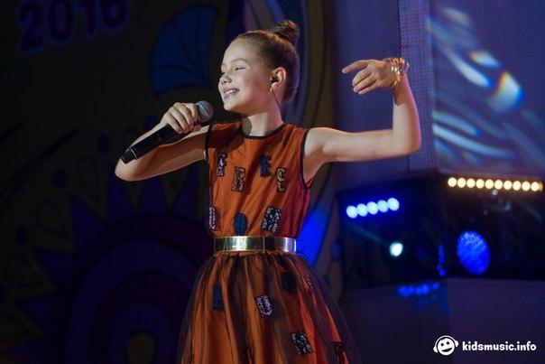 Maria Mirova 7Wv2thfcBn4