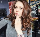 Мария Шатрова, видеоблогер