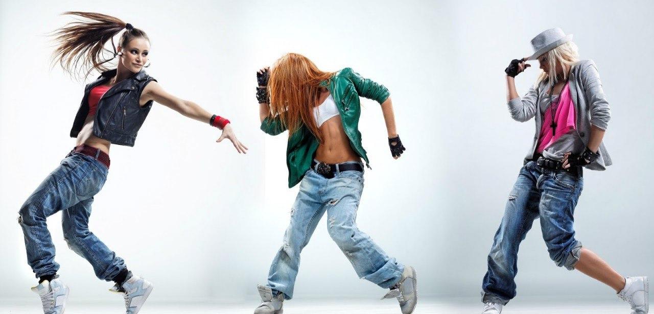 Грязные танцы в Екатеринбурге: обзор танцевальных школ, в которых обучат мастерству красивых движений под музыку
