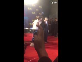 151218 Krystal - Lily Awards Red Carpet