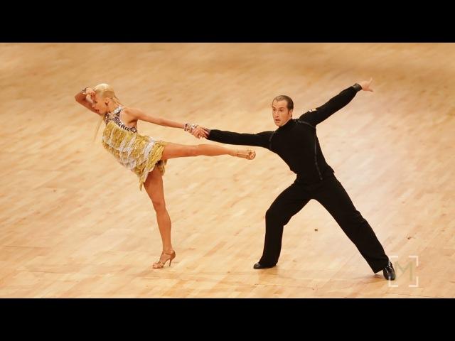 Riccardo Cocchi - Yulia Zagoruychenko | Disney 2015 | Showdance Jive