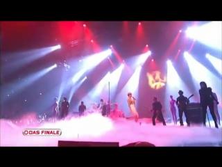 Rihanna - russian roulette live at popstars finale 2009