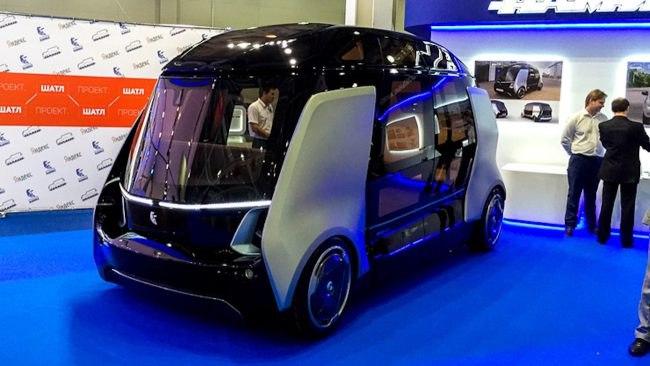 «КамАЗ» совмесно с «Яндекс» показал беспилотные микроавтобусы «Шатл»