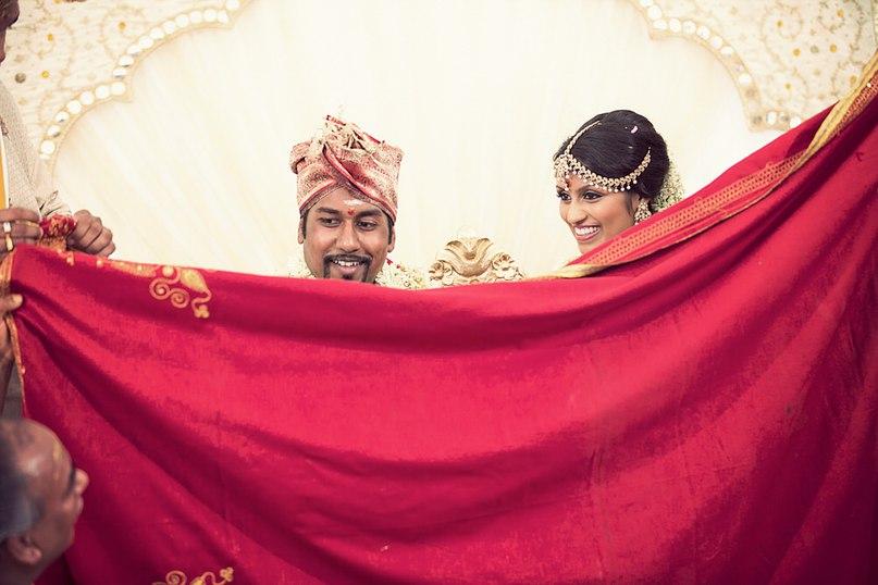 UmKeQGtGfdE - Моя большая Индийская Свадьба