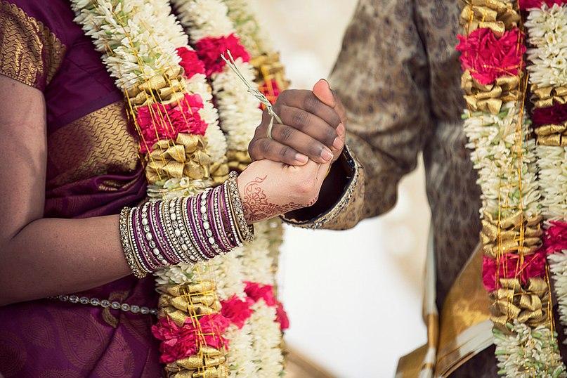 8QYG6H 0Hu8 - Моя большая Индийская Свадьба