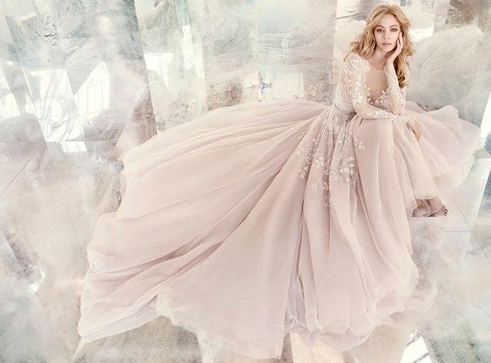 """FGRrX1JgQ7Q - Весенняя коллекция свадебных платьев """"Spring 2016"""" от Hayley Paige"""