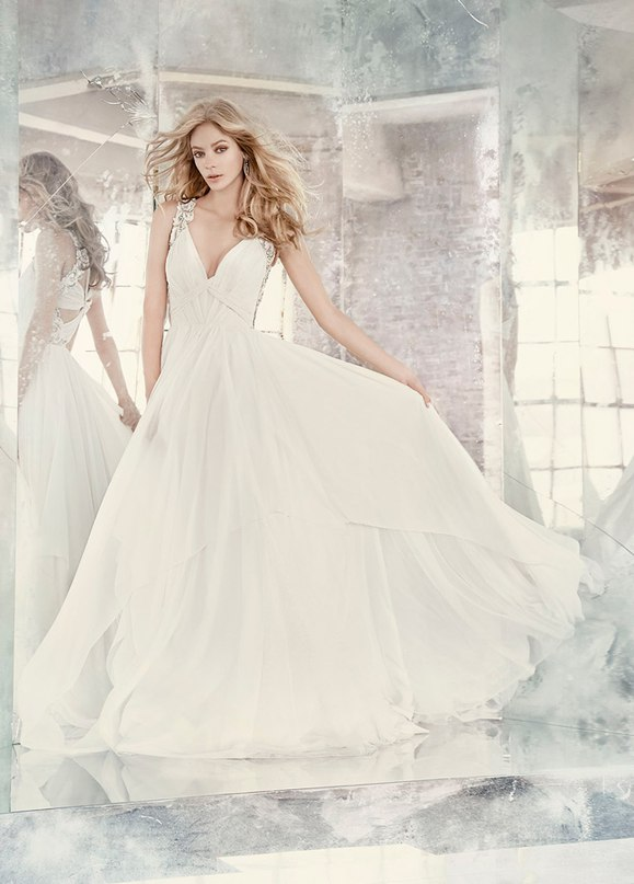 """SNKdugmL9fA - Весенняя коллекция свадебных платьев """"Spring 2016"""" от Hayley Paige"""