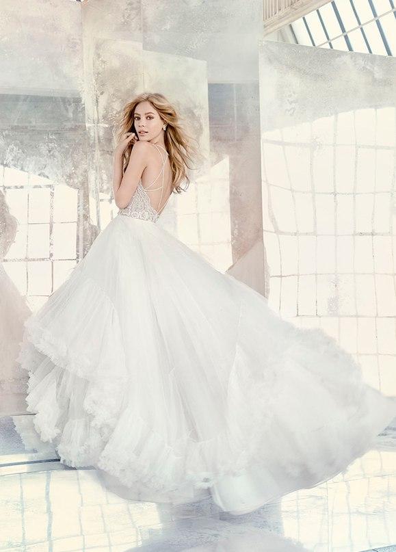 """GmChYyBjdLI - Весенняя коллекция свадебных платьев """"Spring 2016"""" от Hayley Paige"""