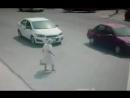 Anciana en Calle Altruismo