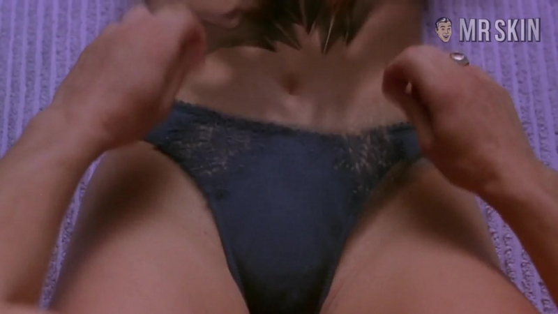 Anna faris nude scary movie
