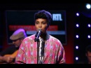 Imany - Silver Lining Clap Your Hands - Live dans le Grand Studio RTL