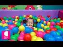 ♥ VLOG Играем в Детской комнате Jump City. Сухой бассейн с шариками и аттракционы