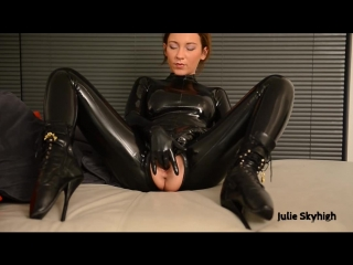 First latex and ballet boots lesson. julie-skyhigh. solo, tease, masturbation, shoes, high heels