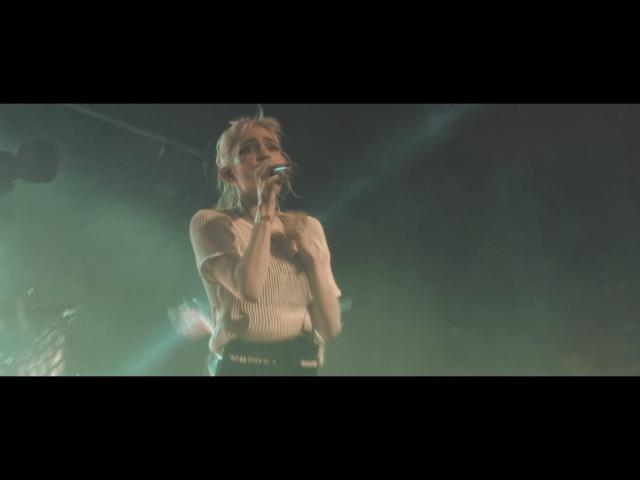 Grimes live Kill V Maim @Berlin Feb 17 2016