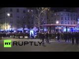 Франция: Саркози среди старших политиков, соединяющих Чарли Еженедельно мемориал в кошерной магазине.