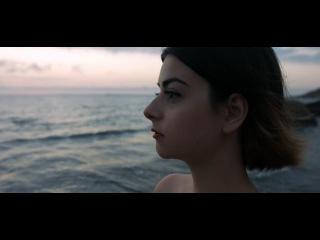 Dilara (day at the beach)