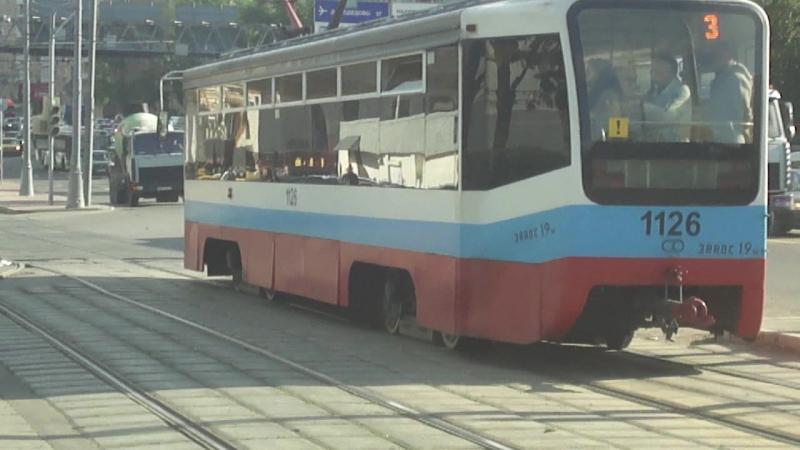 Триколорные 71-619 и 71-608КМ