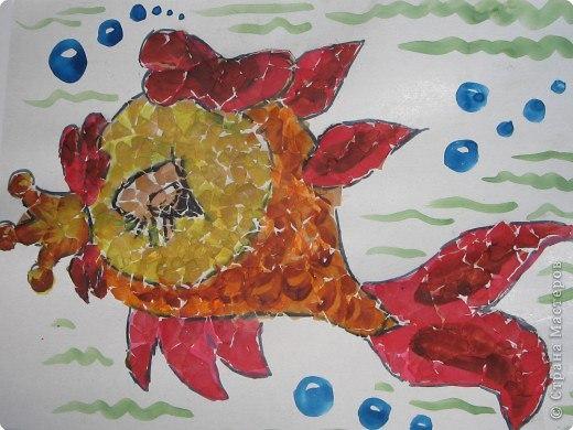 Мозаика из яичной скорлупы — замечательная поделка для школьной выставки и отличный сувенирдругу к пасхе.