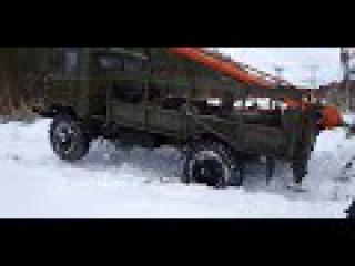 ГАЗ 66 в грязи и на боку подборка видео