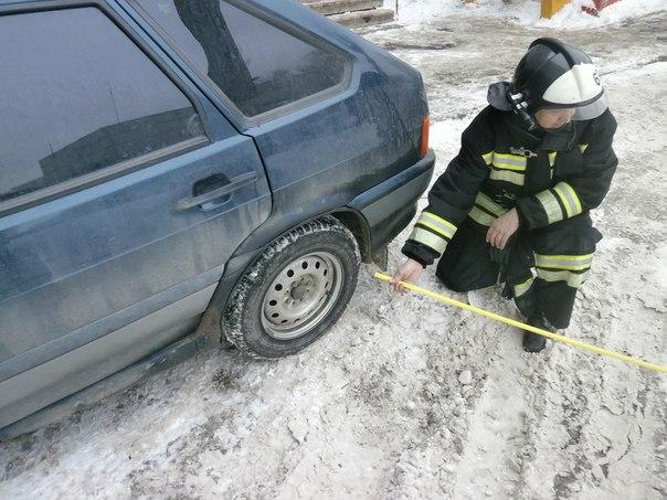 В 33 дворах Нижнекамска пожарные проверили возможность проезда спасательной техники