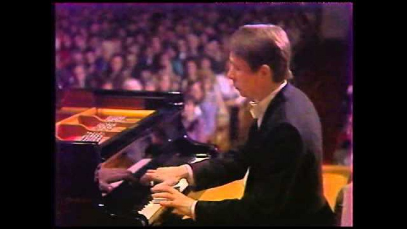 Mikhail Pletnev - J. Haydn Piano Sonata No.33 in C minor, Hob. XVI.20